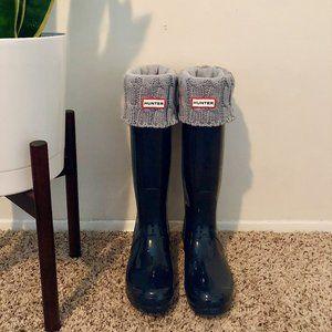 Hunter Original Navy Tall Gloss Rain Boots w Socks